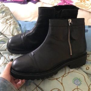 Fur lined vagabond boots